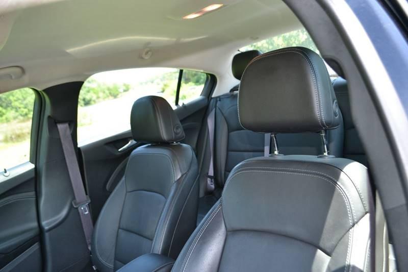 Chevrolet Cruze 2017 price $9,865
