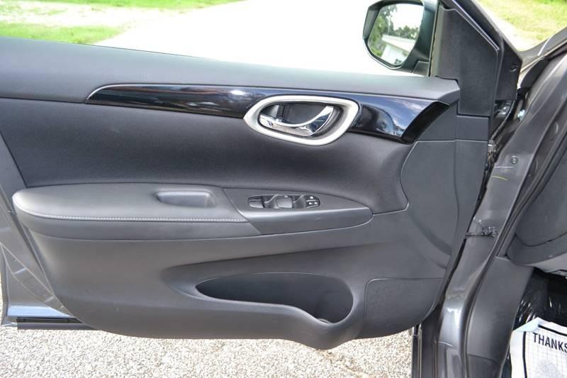 Nissan Sentra 2018 price $11,865
