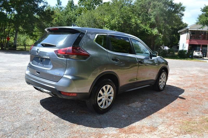Nissan Rogue 2018 price $16,985