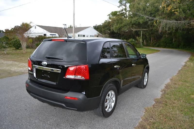 Kia Sorento 2012 price $6,300