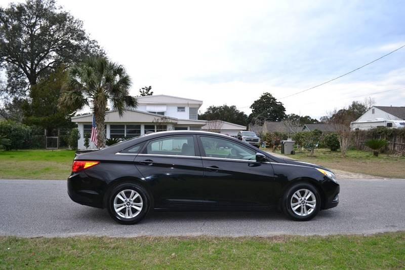 Hyundai Sonata 2013 price $8,300