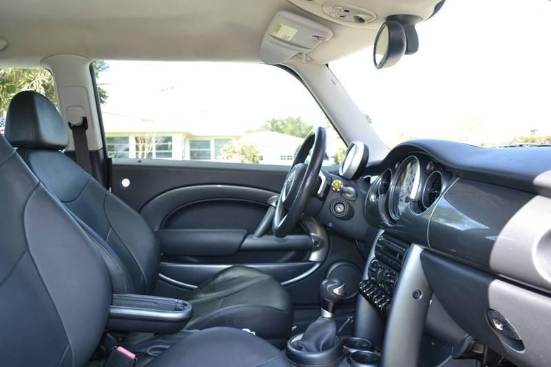 MINI Cooper 2006 price $6,280