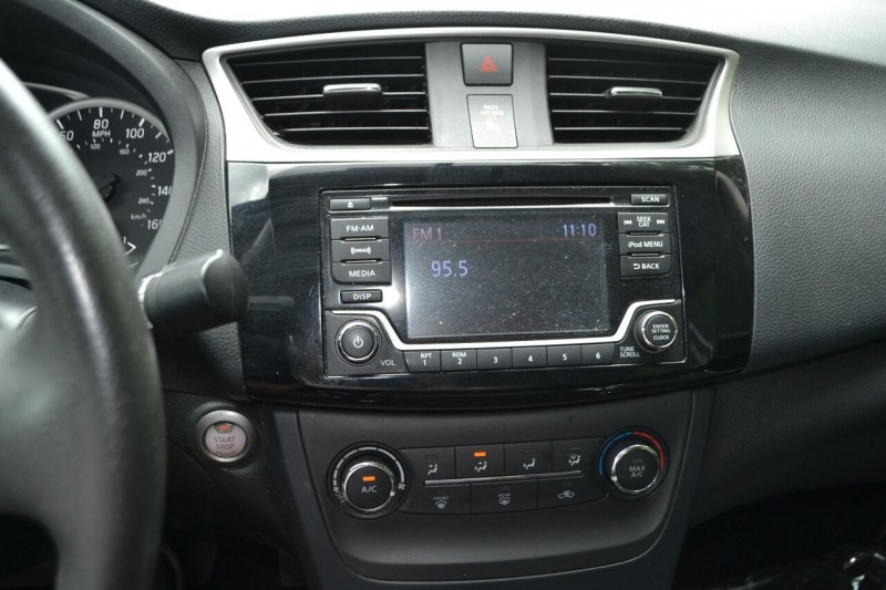 Nissan Sentra 2017 price $9,878