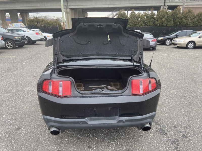 Ford Mustang 2012 price $17,775