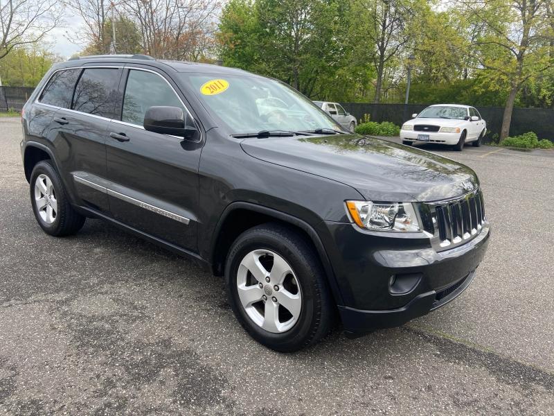 Jeep Grand Cherokee 2011 price $10,395