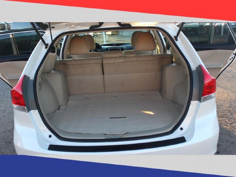 TOYOTA VENZA 2011 price $9,700