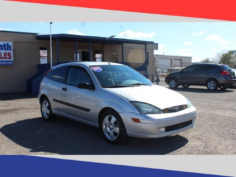 FORD FOCUS 2004 price $2,600