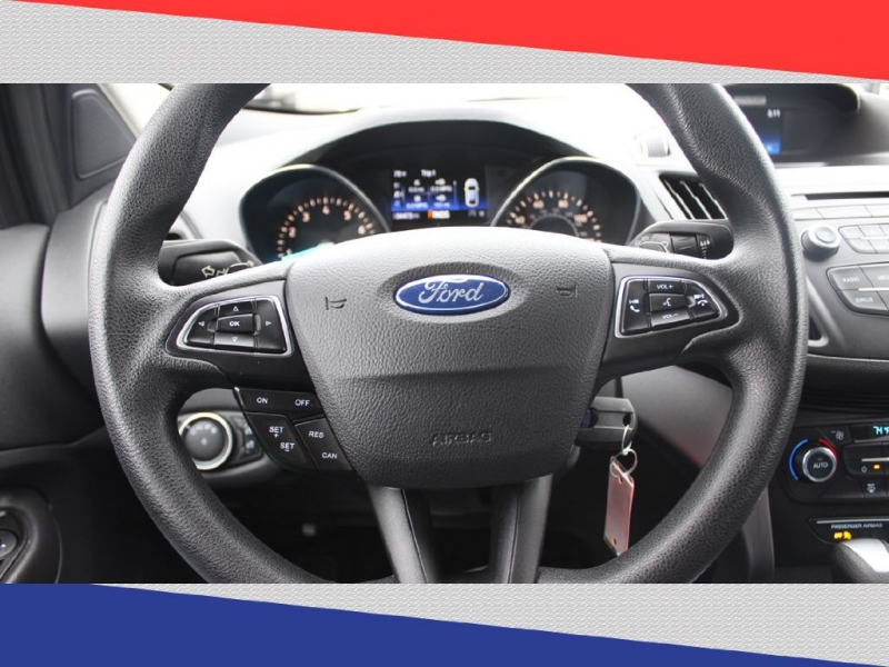 Ford Escape 2017 price $10,600
