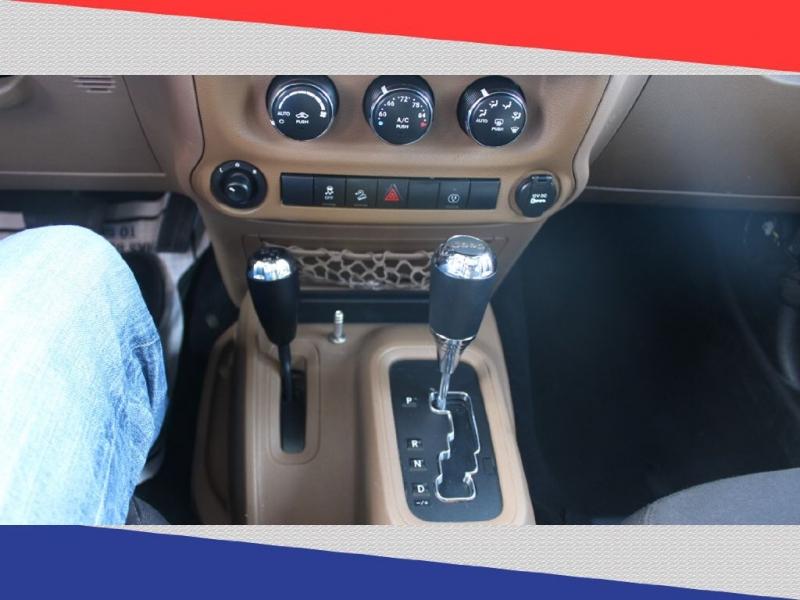 Jeep Wrangler Unlimited 2013 price $26,400
