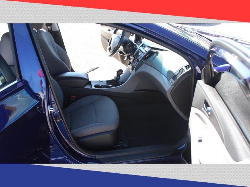 Hyundai Sonata 2011 price $6,600