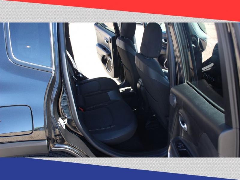 Jeep Renegade 2016 price $11,000