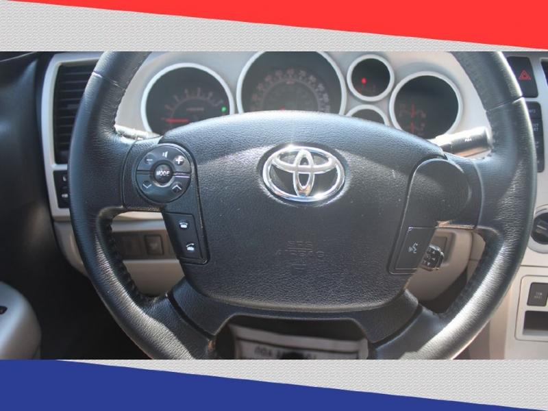 Toyota Tundra 2007 price $14,300