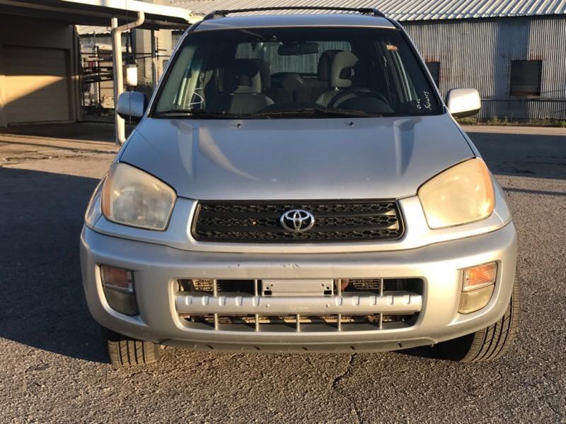 Toyota RAV4 2002 price $2,500