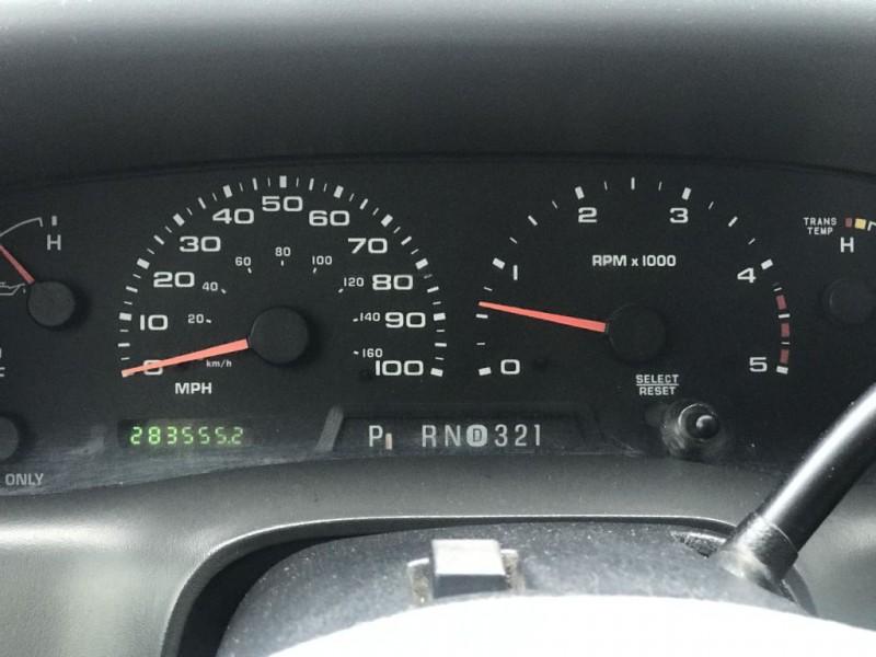 Ford Super Duty F-350 DRW 2003 price $7,500