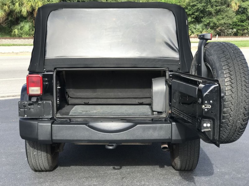 Jeep Wrangler 2007 price $7,900
