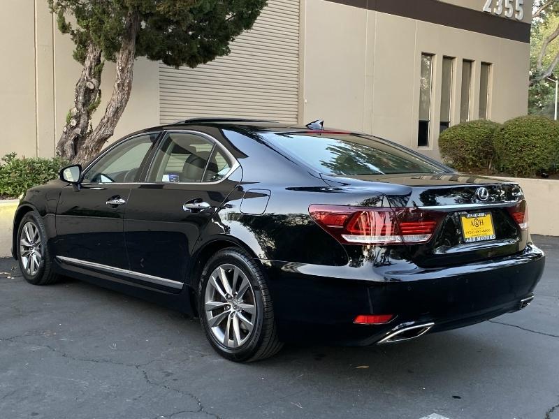 Lexus LS 460 2016 price $34,995