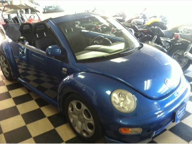 Volkswagen New Beetle 1999 price $9,700