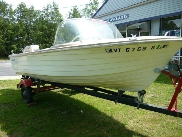 1963 starcraft runabout 15ft boat with trailer 40 hp for Vermont department of motor vehicles south burlington vt