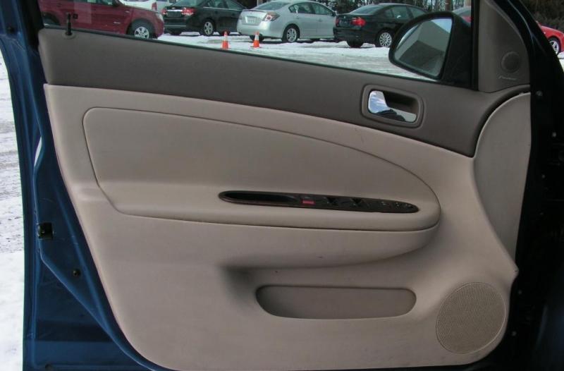 Chevrolet Cobalt 2005 price $4,895