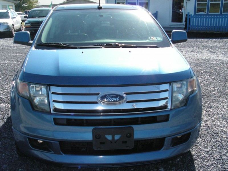 Ford Edge 2010 price $12,895
