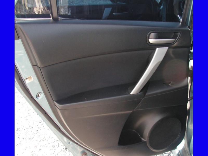 Mazda Mazda3 2010 price $6,695