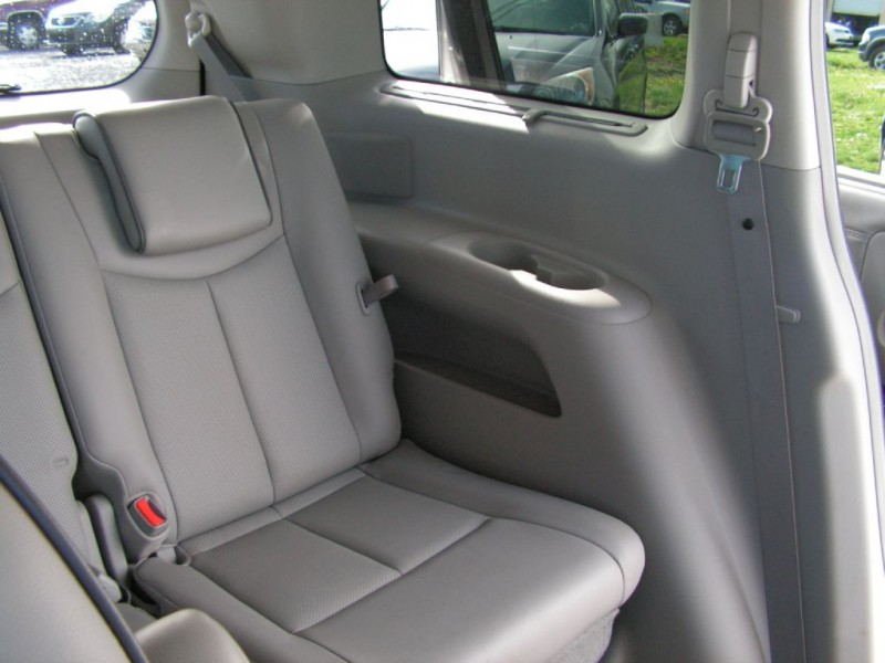 Nissan Quest 2011 price $13,995