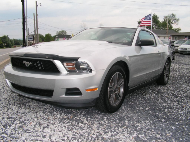 Ford Mustang 2012 price $10,995