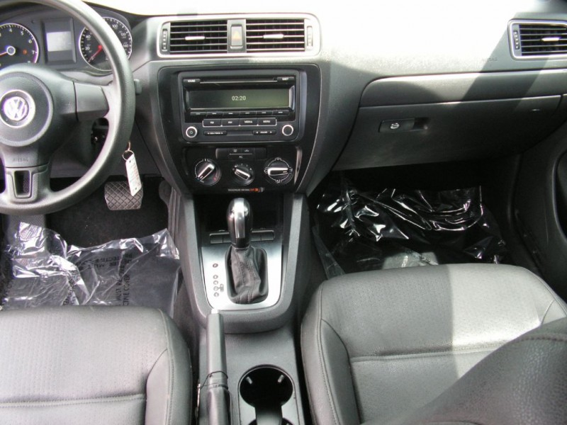 Volkswagen Jetta Sedan 2012 price $7,495