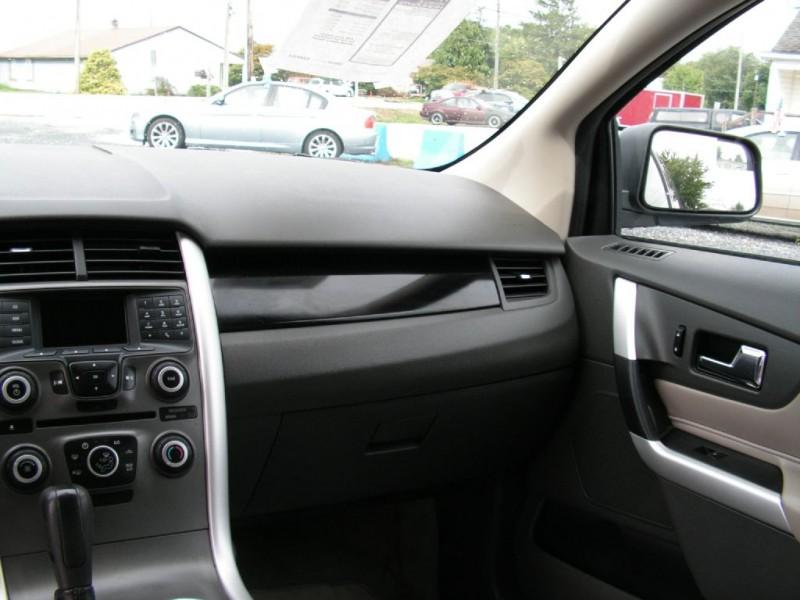 Ford Edge 2011 price $10,695