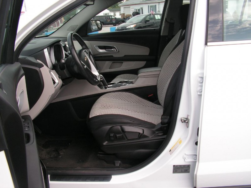 Chevrolet Equinox 2011 price $8,995