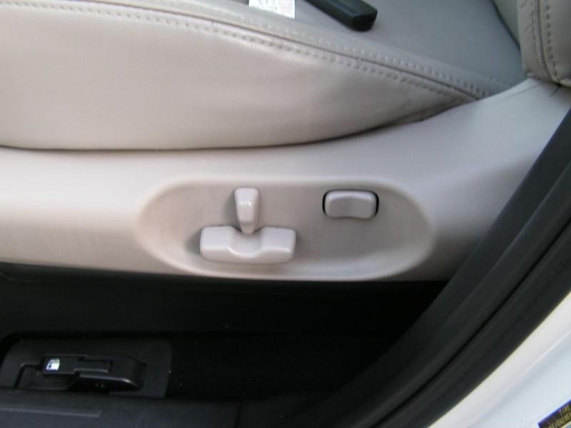 Mazda CX-9 2010 price $9,995