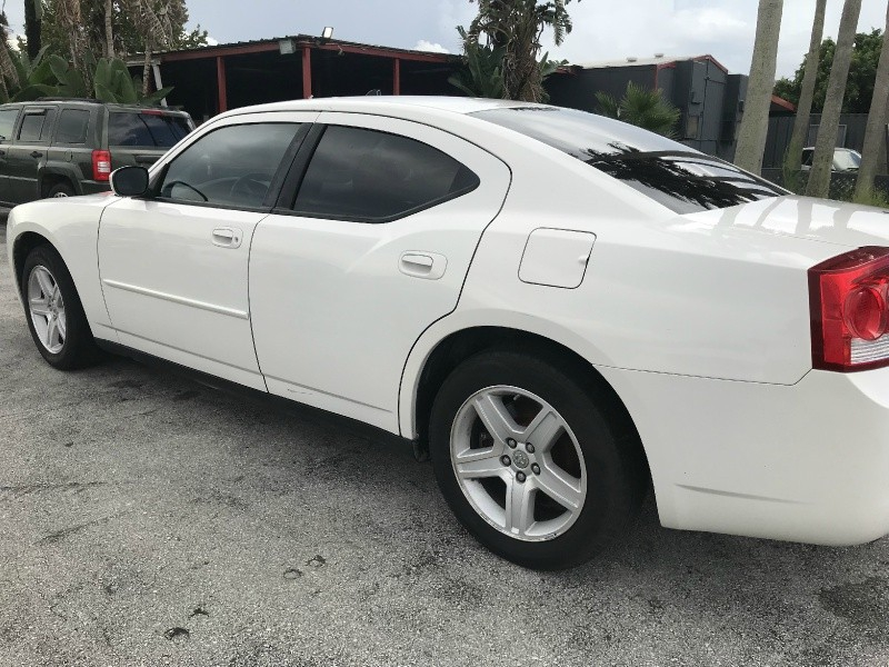 Dodge Charger 2009 price $10,700 Cash