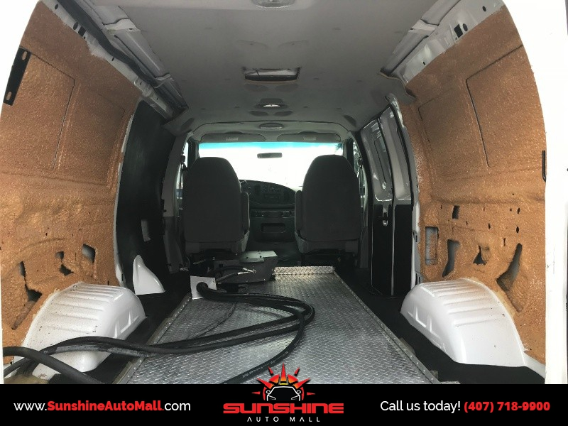 Ford Econoline Cargo Van 2006 price $13,900 Cash