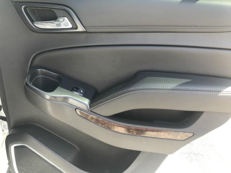 Chevrolet Tahoe 2015 price $25,900 Cash