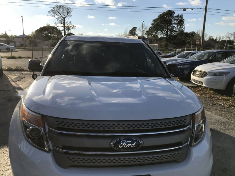 Ford Explorer 2013 price $12,900 Cash