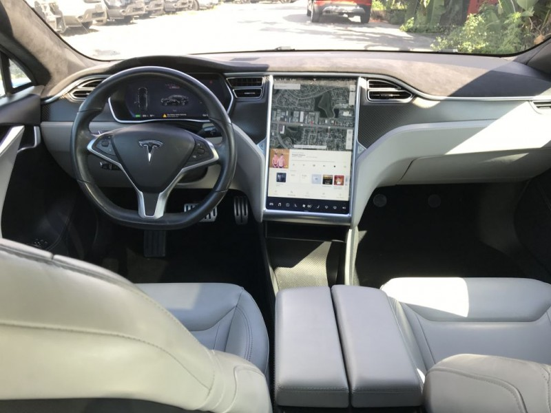 Tesla Model S 2015 price $49,900 Cash