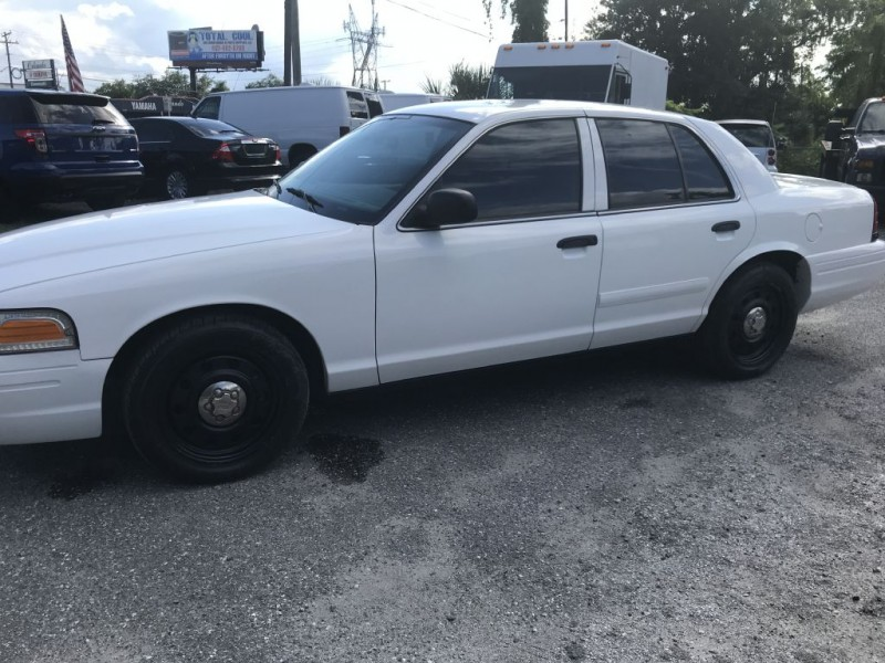 Ford Police Interceptor 2008 price $9,500 Cash