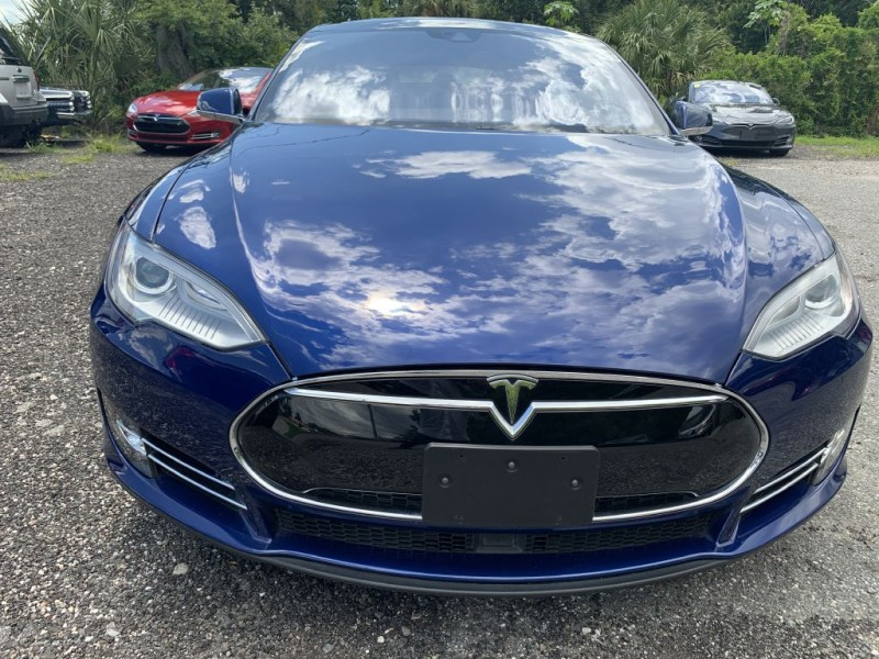 Tesla Model S 2015 price $54,900 Cash
