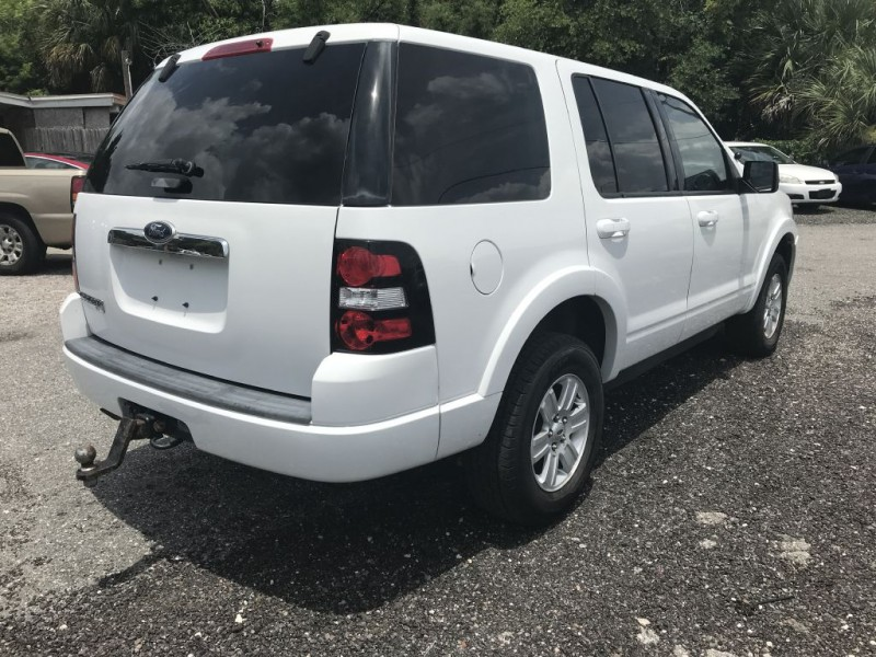 Ford Explorer 2010 price $11,900 Cash