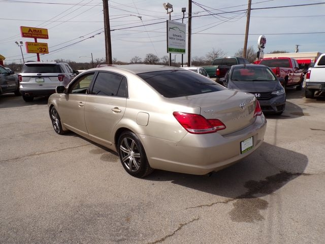 Toyota Avalon 2006 price $4,495