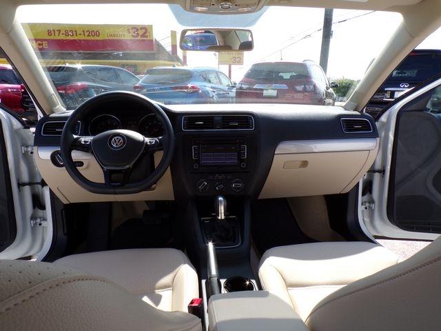 Volkswagen Jetta 2015 price $14,995