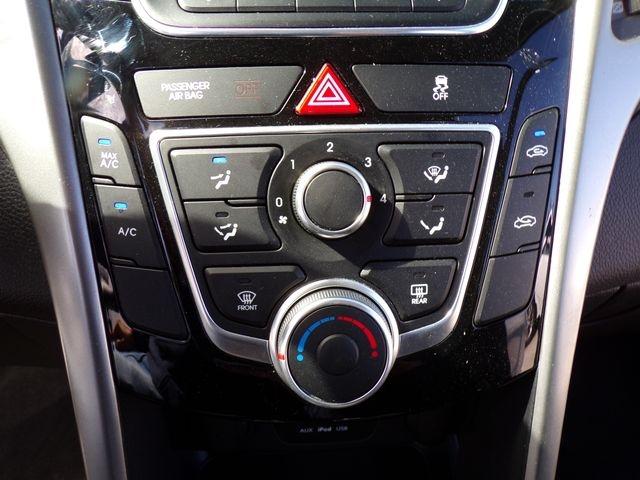 Hyundai Elantra GT 2017 price $11,495