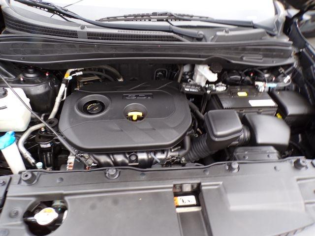 Hyundai Tucson 2015 price $11,495