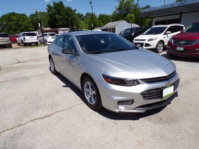 Chevrolet Malibu 2017 price $13,795