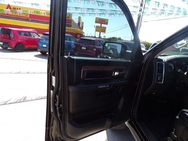 Ram 1500 Crew Cab 2013 price $18,901