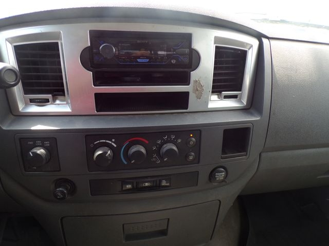 Dodge Ram 2500 Mega Cab 2006 price $19,495