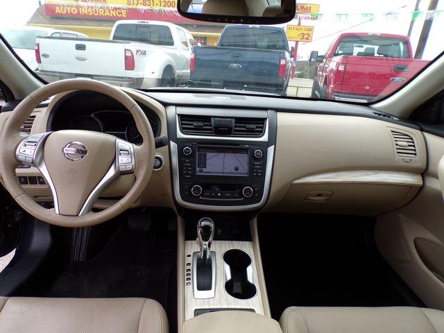 Nissan Altima 2016 price $17,495