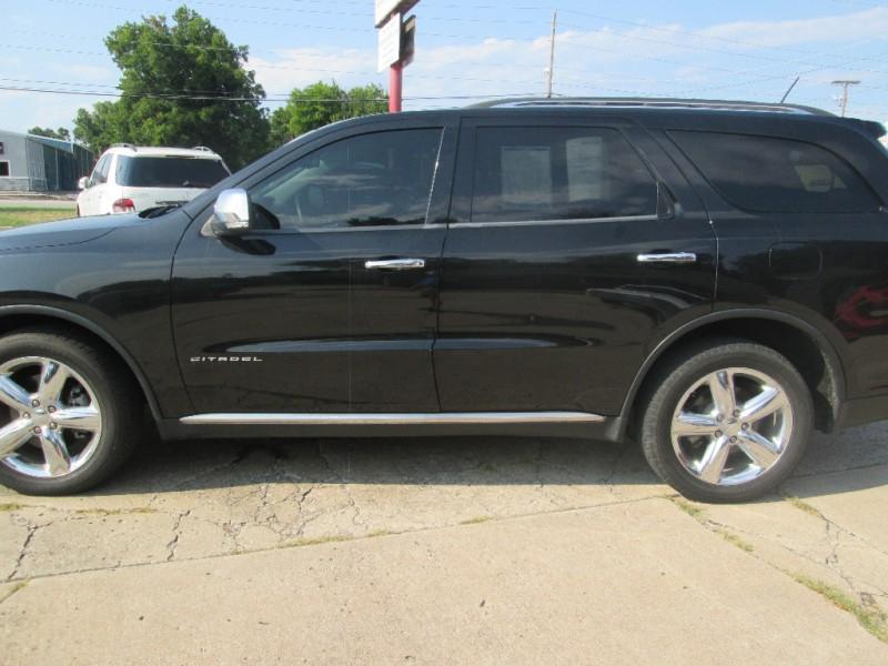 Dodge Durango 2013 price $16,987