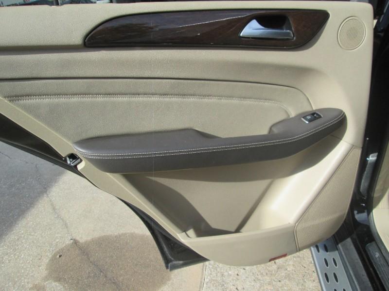 Mercedes-Benz M-Class 2012 price $18,987