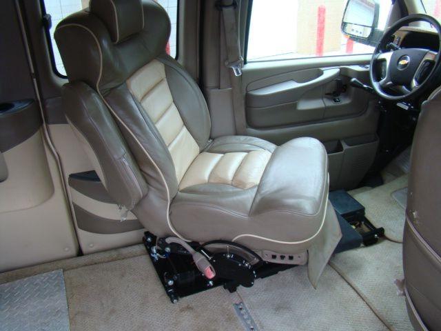 CHEVROLET EXPRESS G1500 2010 price $18,995